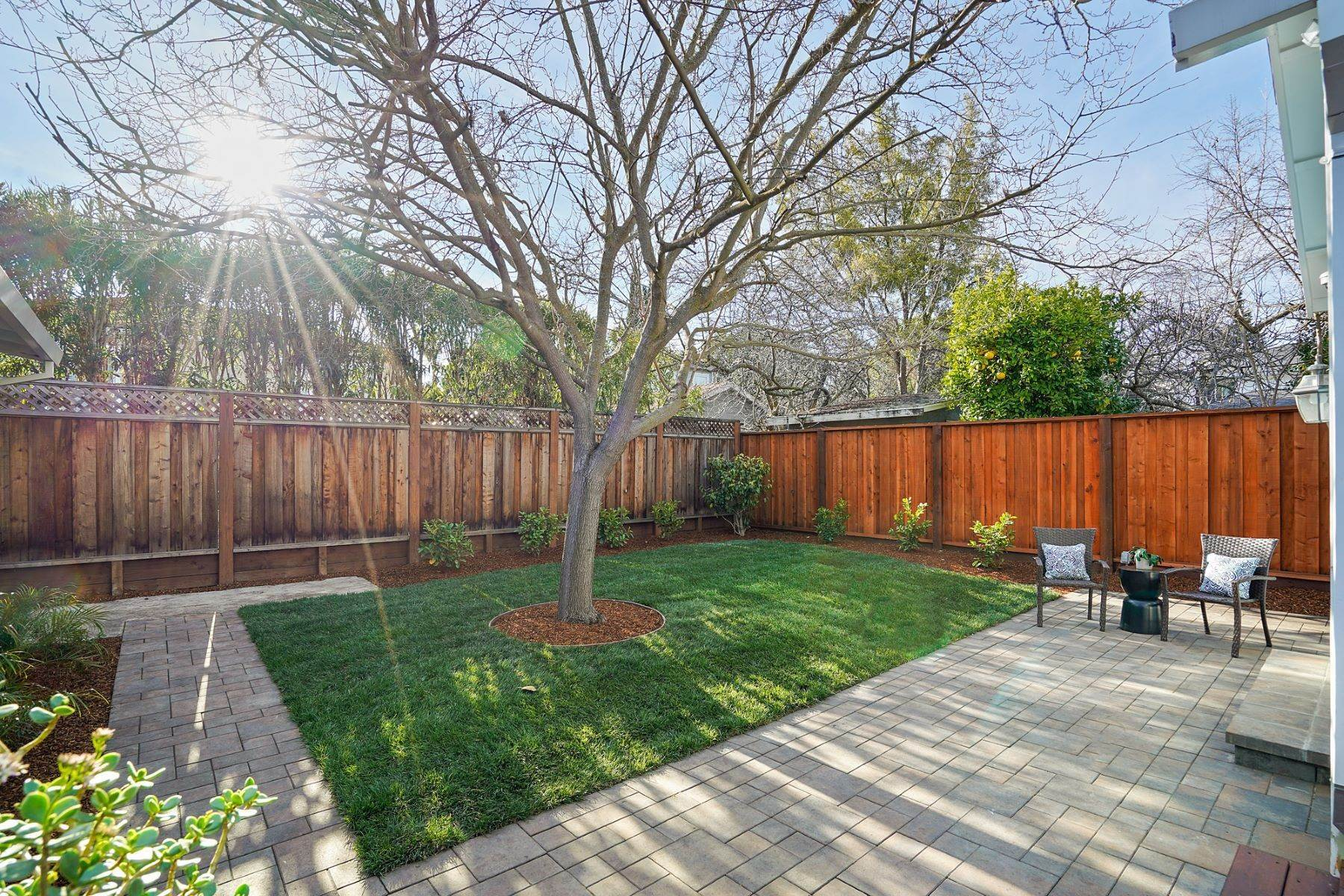 25. Single Family Homes for Sale at Turn-key Craftsman PLUS a Detached Bonus ADU 930 Fulton Street Redwood City, California 94061 United States