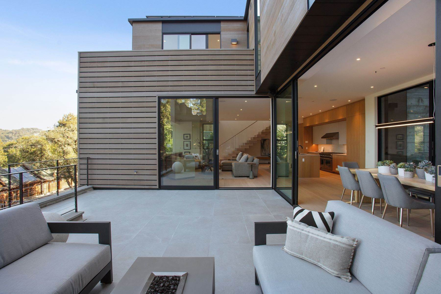 31. Single Family Homes for Sale at Modern Mill Valley New Construction 216 Ethel Avenue Mill Valley, California 94941 United States