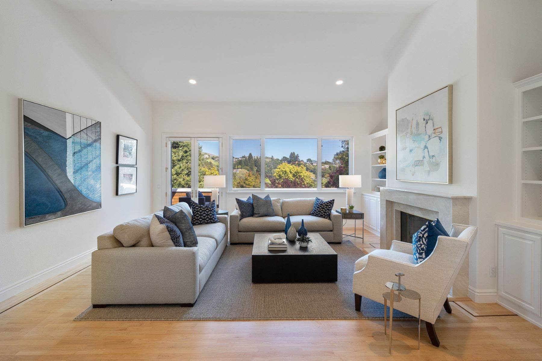 6. Single Family Homes for Sale at Exceptional Tiburon Home 30 Vista Tiburon Drive Tiburon, California 94920 United States