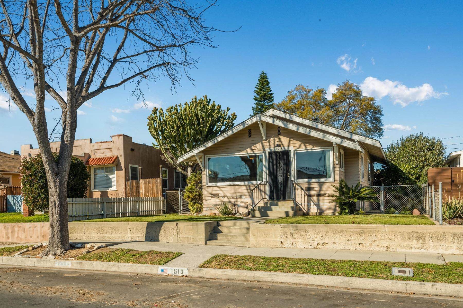 Single Family Homes のために 売買 アット 1513 256th Street West, Los Angeles, CA 90710 1513 256th Street Harbor City, カリフォルニア 90710 アメリカ
