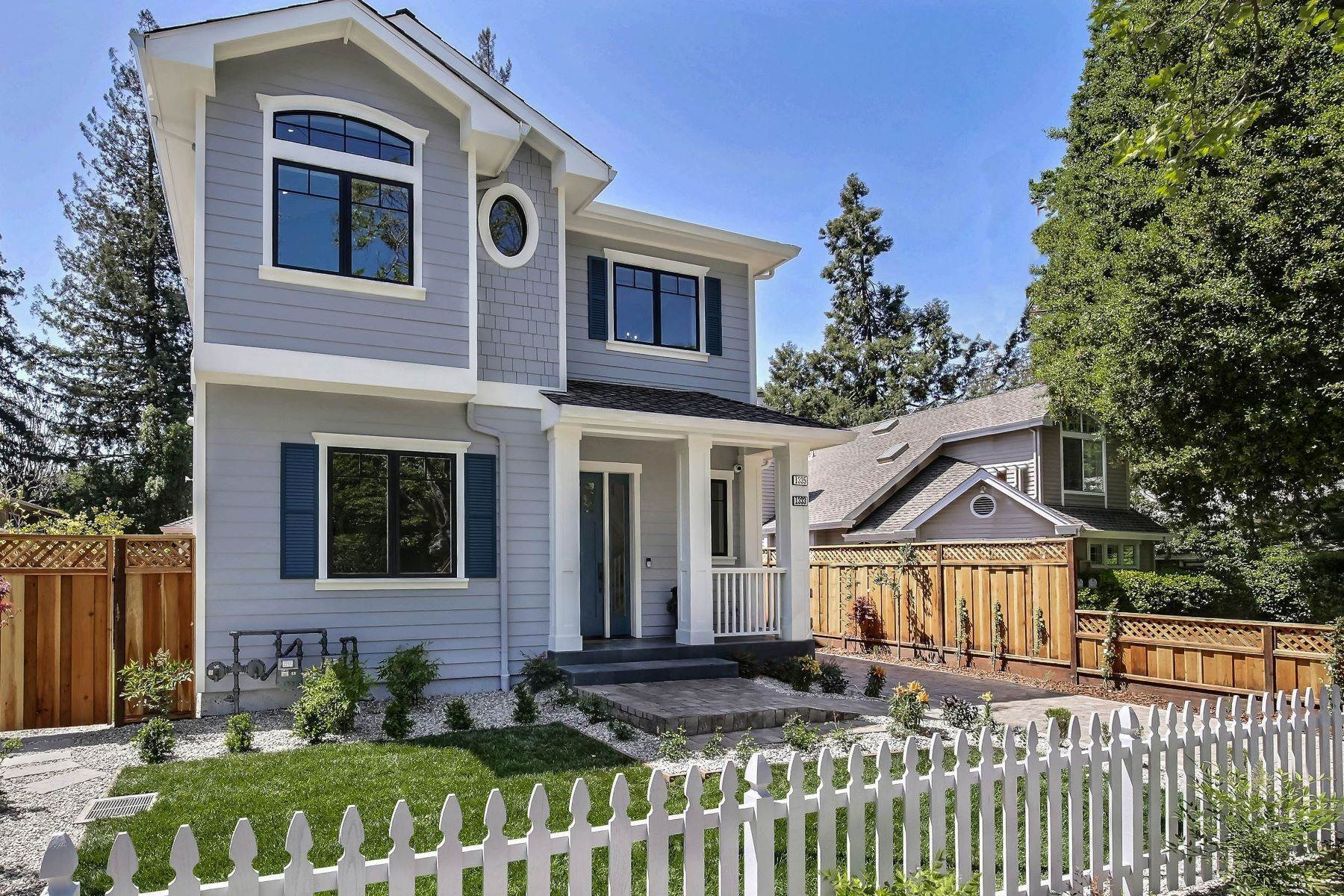 2. Single Family Homes for Sale at Living in the Heart of Menlo Park 1333 Laurel Street Menlo Park, California 94025 United States
