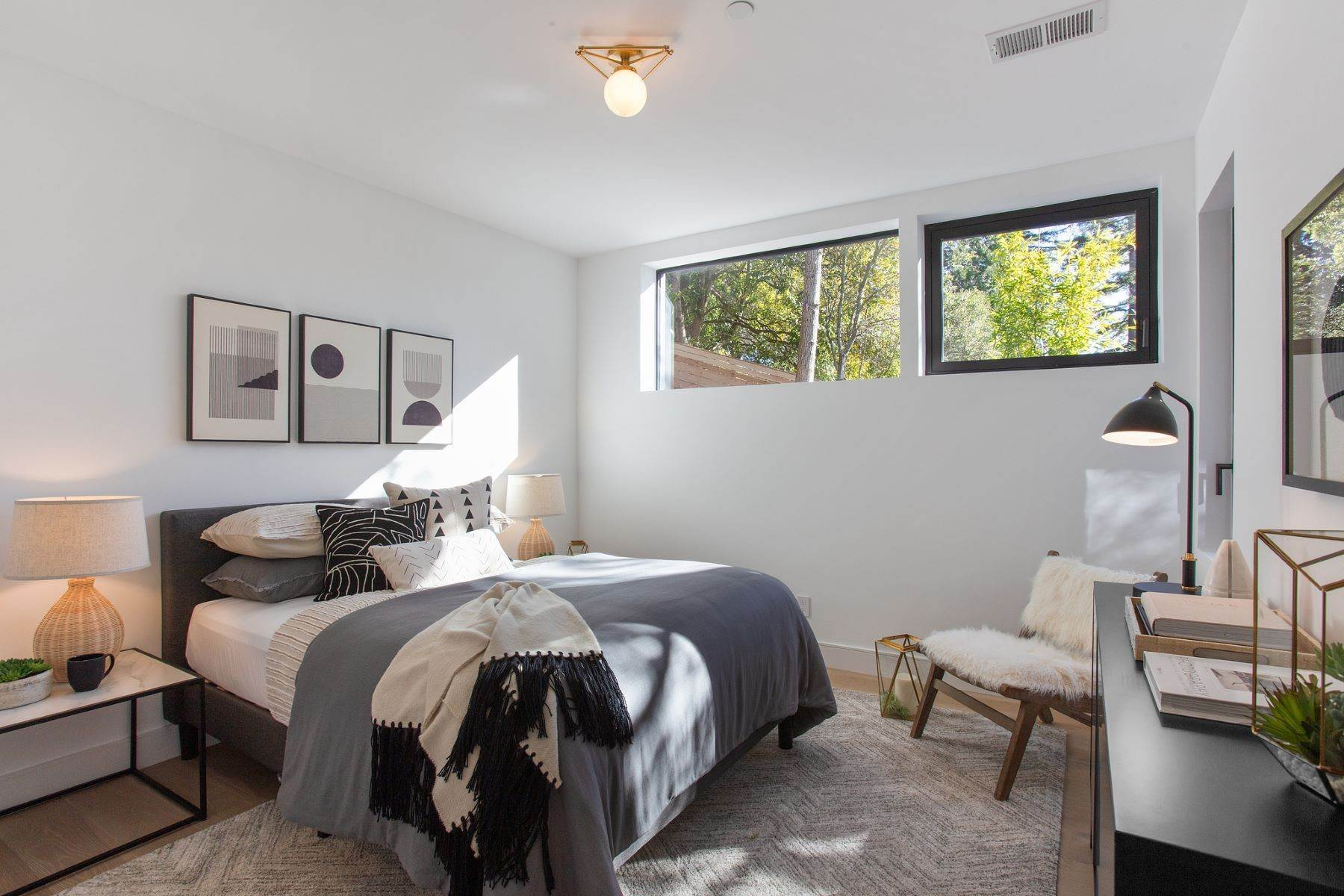 49. Single Family Homes for Sale at Modern New Construction in Mill Valley 315 Tamalpais Avenue Mill Valley, California 94941 United States