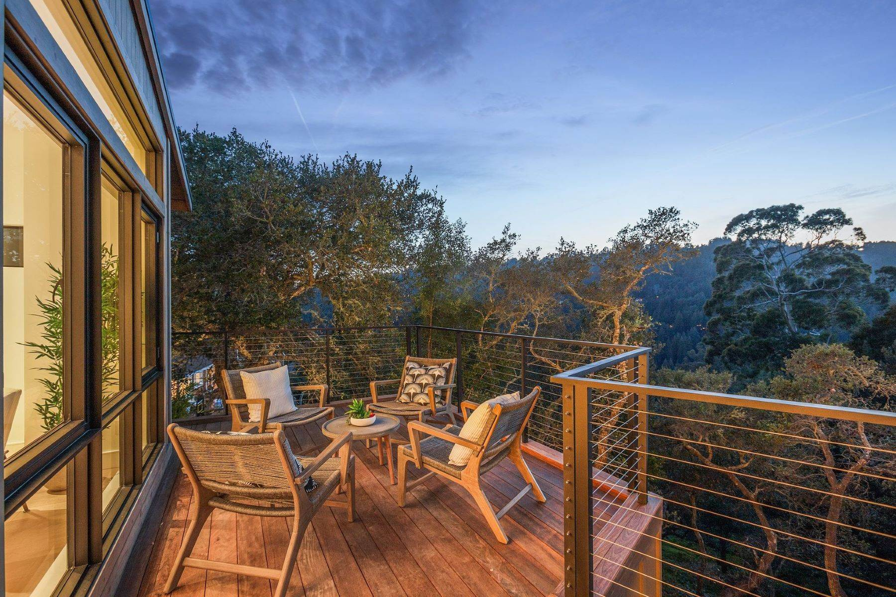 40. Single Family Homes for Sale at Modern New Construction in Mill Valley 315 Tamalpais Avenue Mill Valley, California 94941 United States