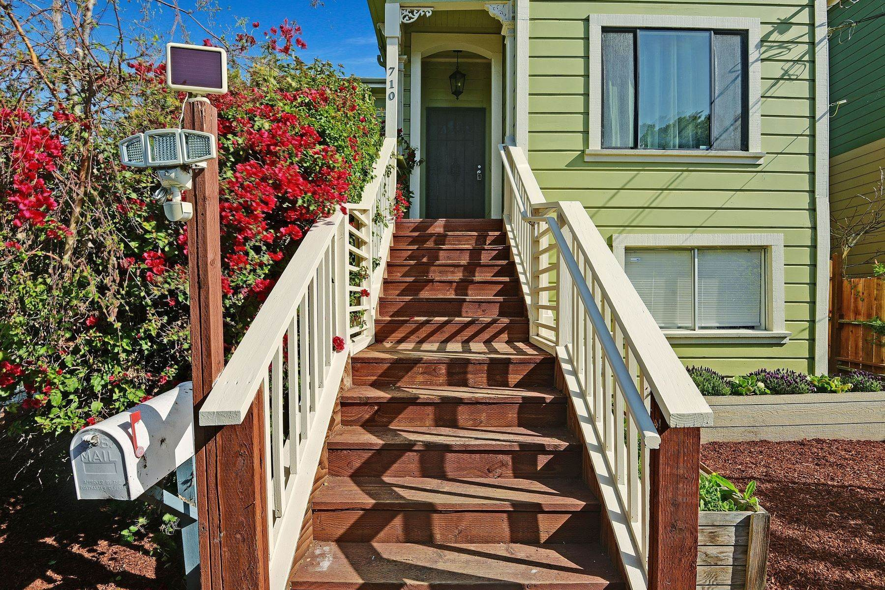 3. Single Family Homes for Sale at Turnkey Victorian with Endless Potential 710 24th Street Oakland, California 94612 United States