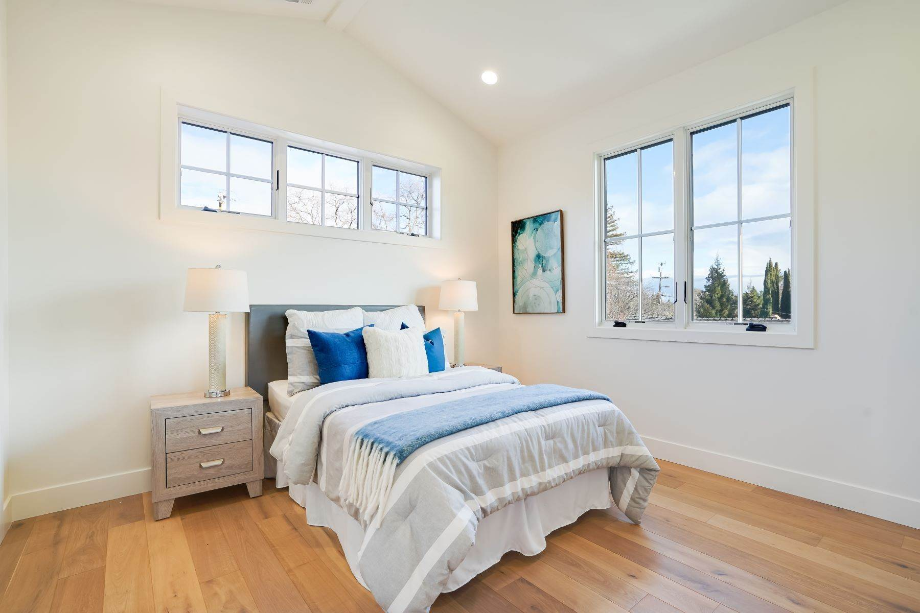 39. Single Family Homes for Sale at Modern Farmhouse in Coveted Mount Carmel 538 Quartz Street Redwood City, California 94062 United States