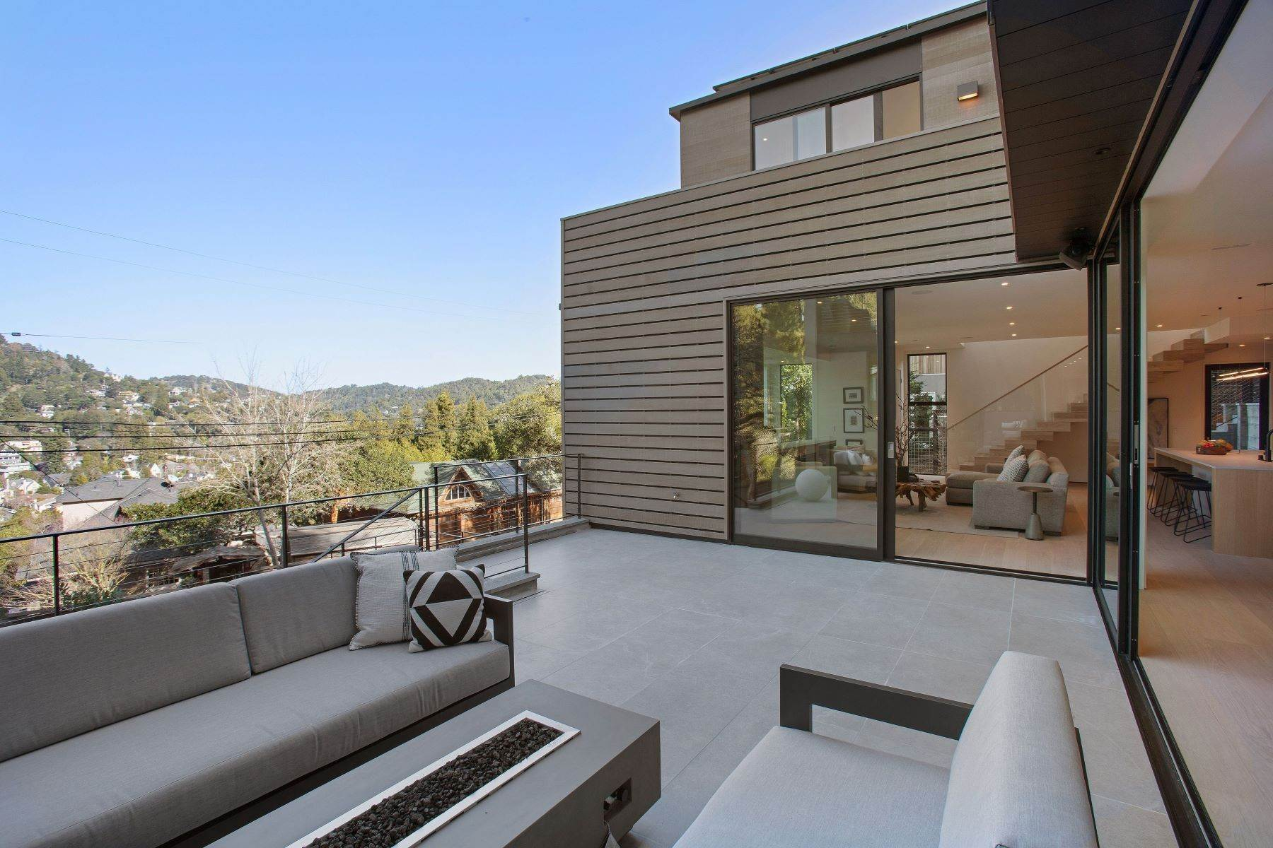 35. Single Family Homes for Sale at Modern Mill Valley New Construction 216 Ethel Avenue Mill Valley, California 94941 United States