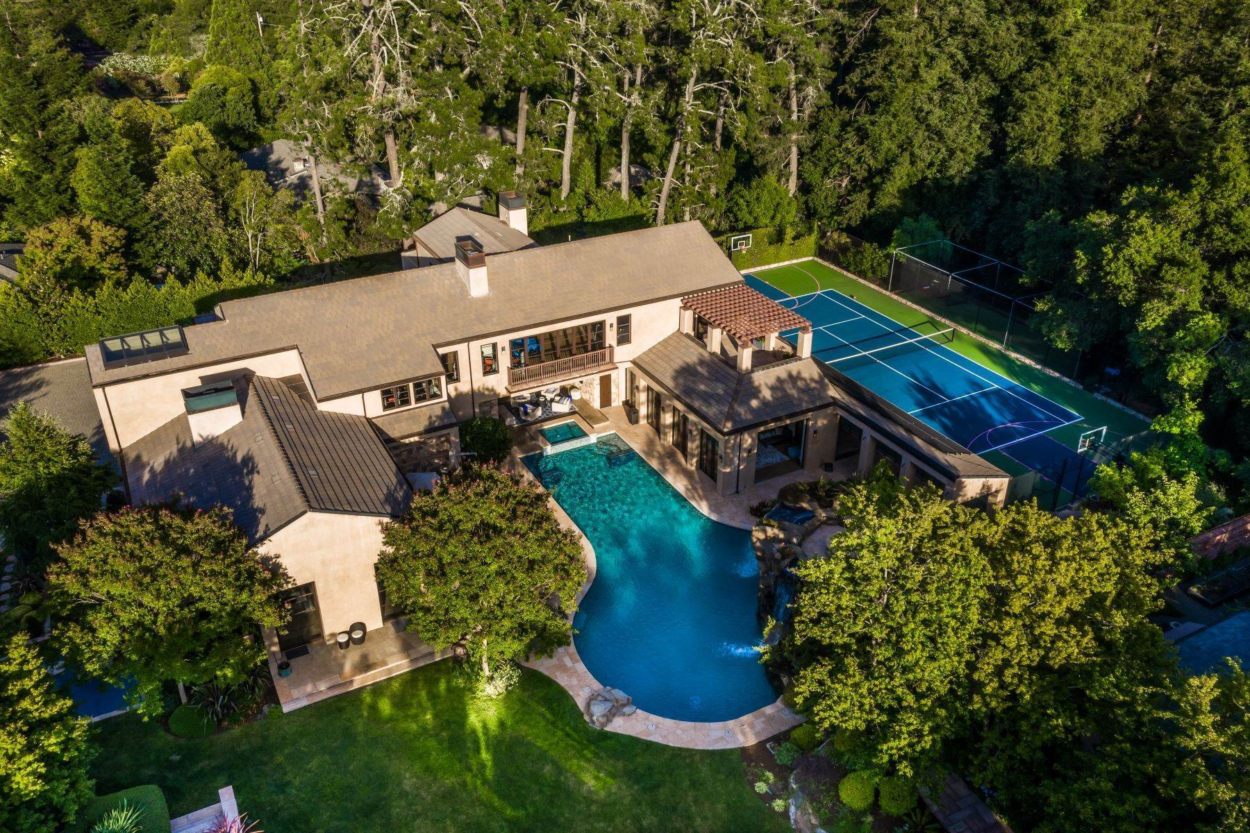 16. Single Family Homes for Sale at Happy Valley Exclusive 3941 Happy Valley Road Lafayette, California 94549 United States