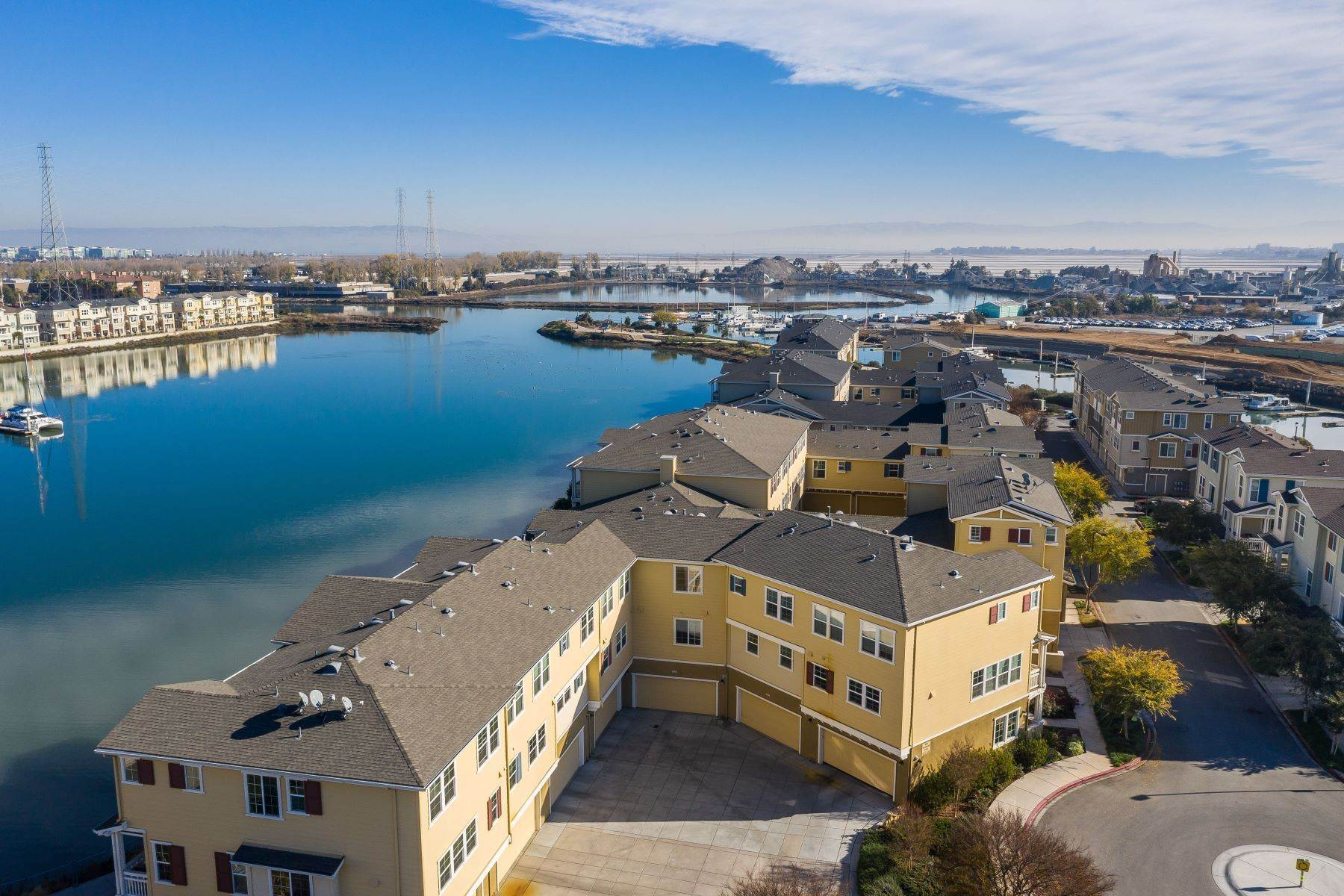 townhouses for Sale at Bay Living in One Marina 639 Turnbuckle Drive #1502 Redwood City, California 94063 United States