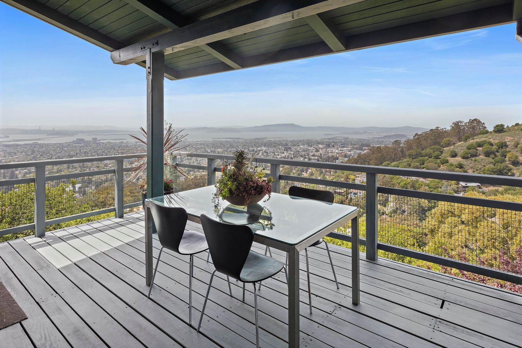 14. Single Family Homes for Sale at Architecturally Designed Home with Sweeping Bay Views 357 Gravatt Drive Berkeley, California 94705 United States