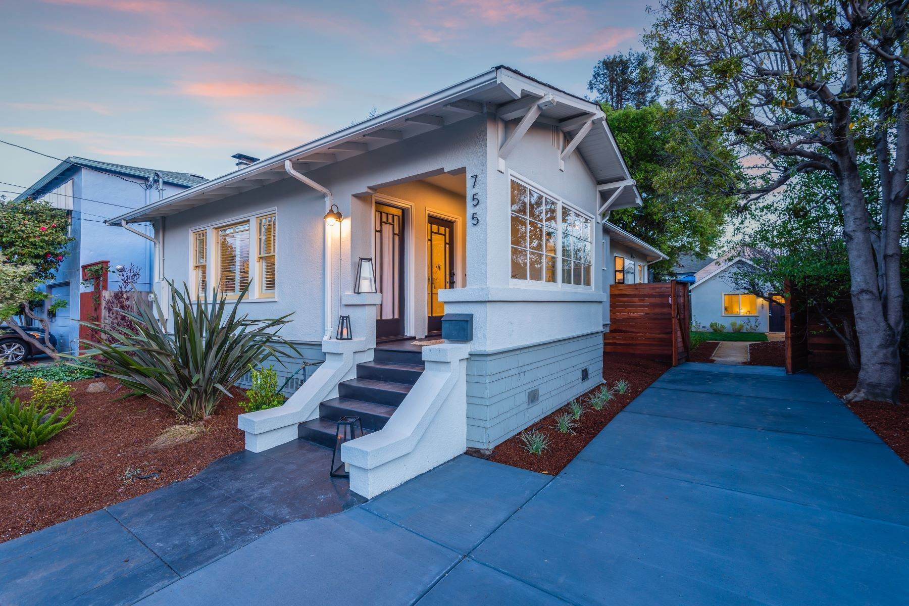 Single Family Homes for Sale at Charming Mini Compound in NOBE 755 65th Street Oakland, California 94609 United States