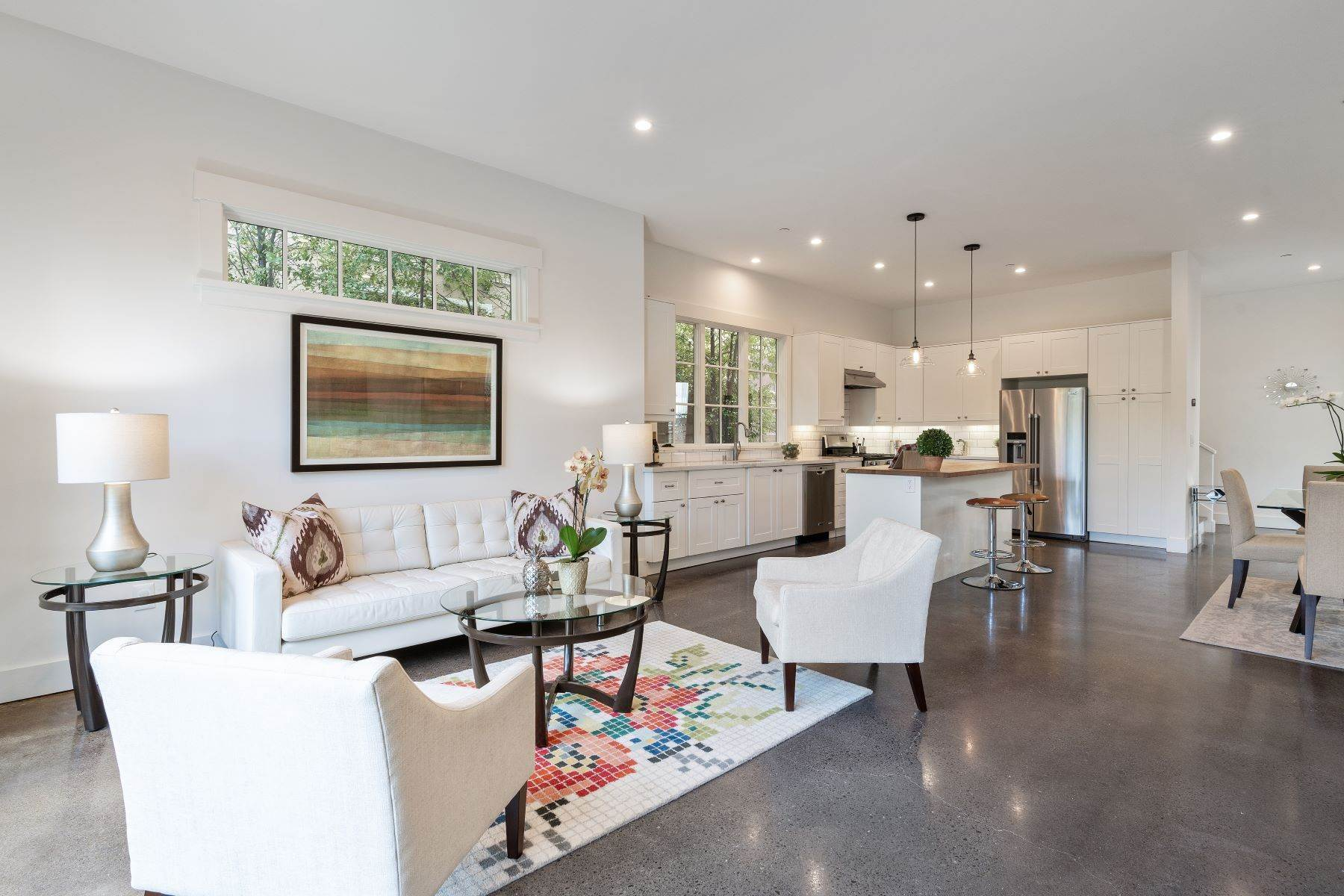 9. Single Family Homes for Sale at Modern Meets Comfort 888 59th Street Oakland, California 94608 United States