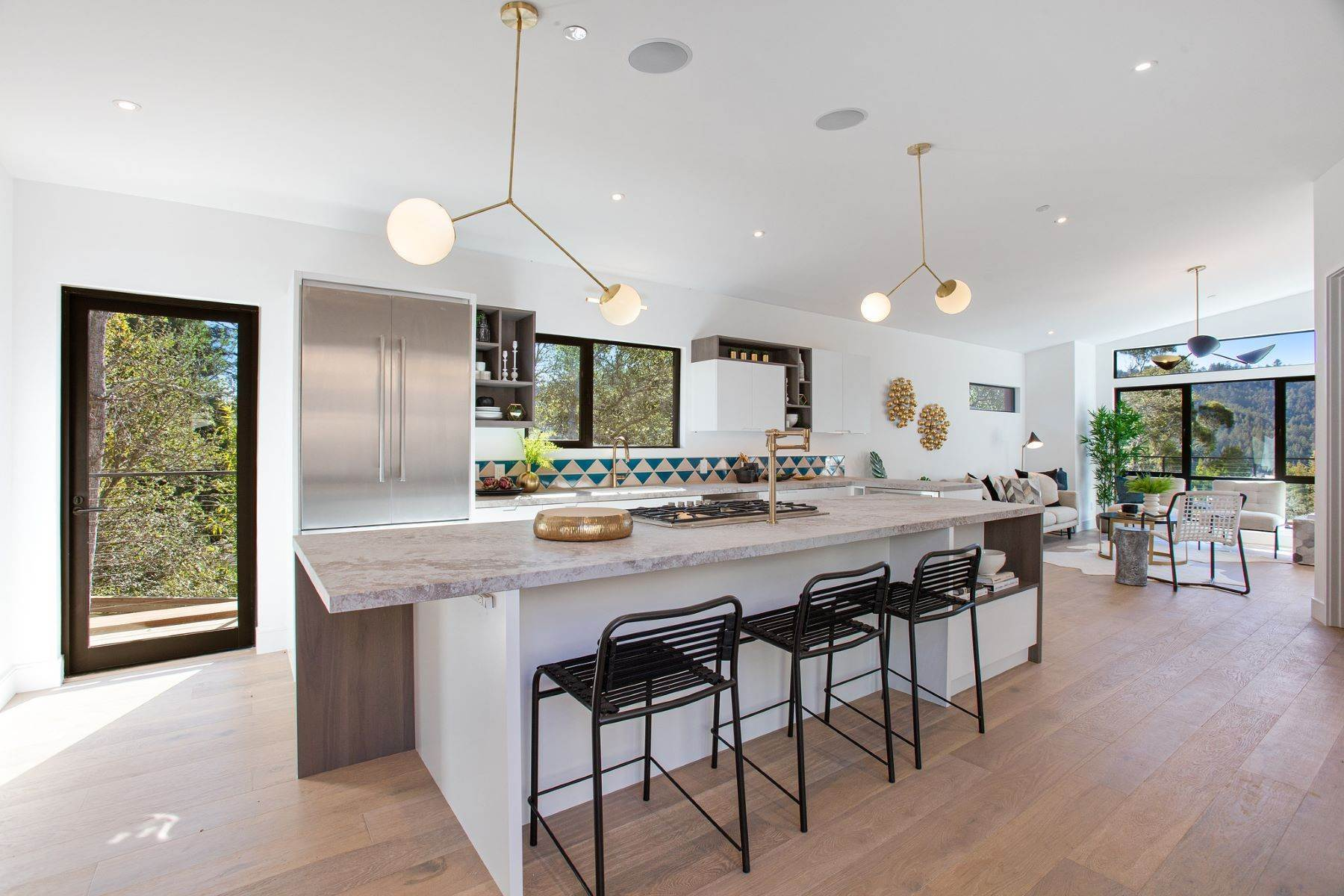 6. Single Family Homes for Sale at Modern New Construction in Mill Valley 315 Tamalpais Avenue Mill Valley, California 94941 United States