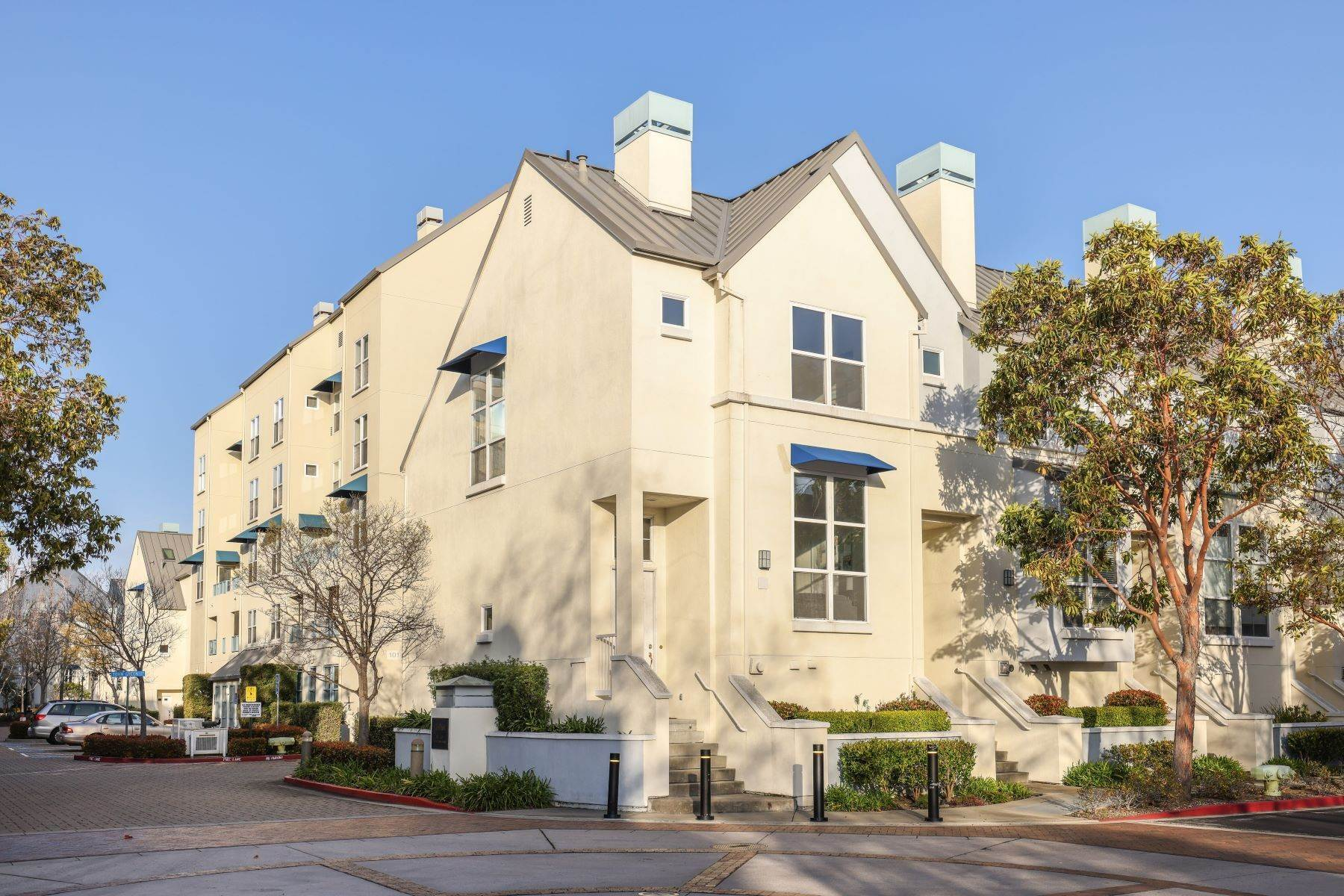 townhouses for Sale at Elegant Multi-Level Townhome 201 Town Green Lane Foster City, California 94404 United States