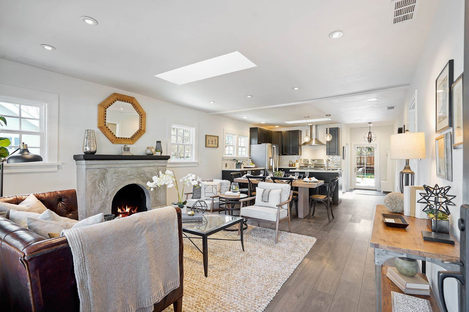 3. Single Family Homes for Sale at Turn-key Craftsman PLUS a Detached Bonus ADU 930 Fulton Street Redwood City, California 94061 United States