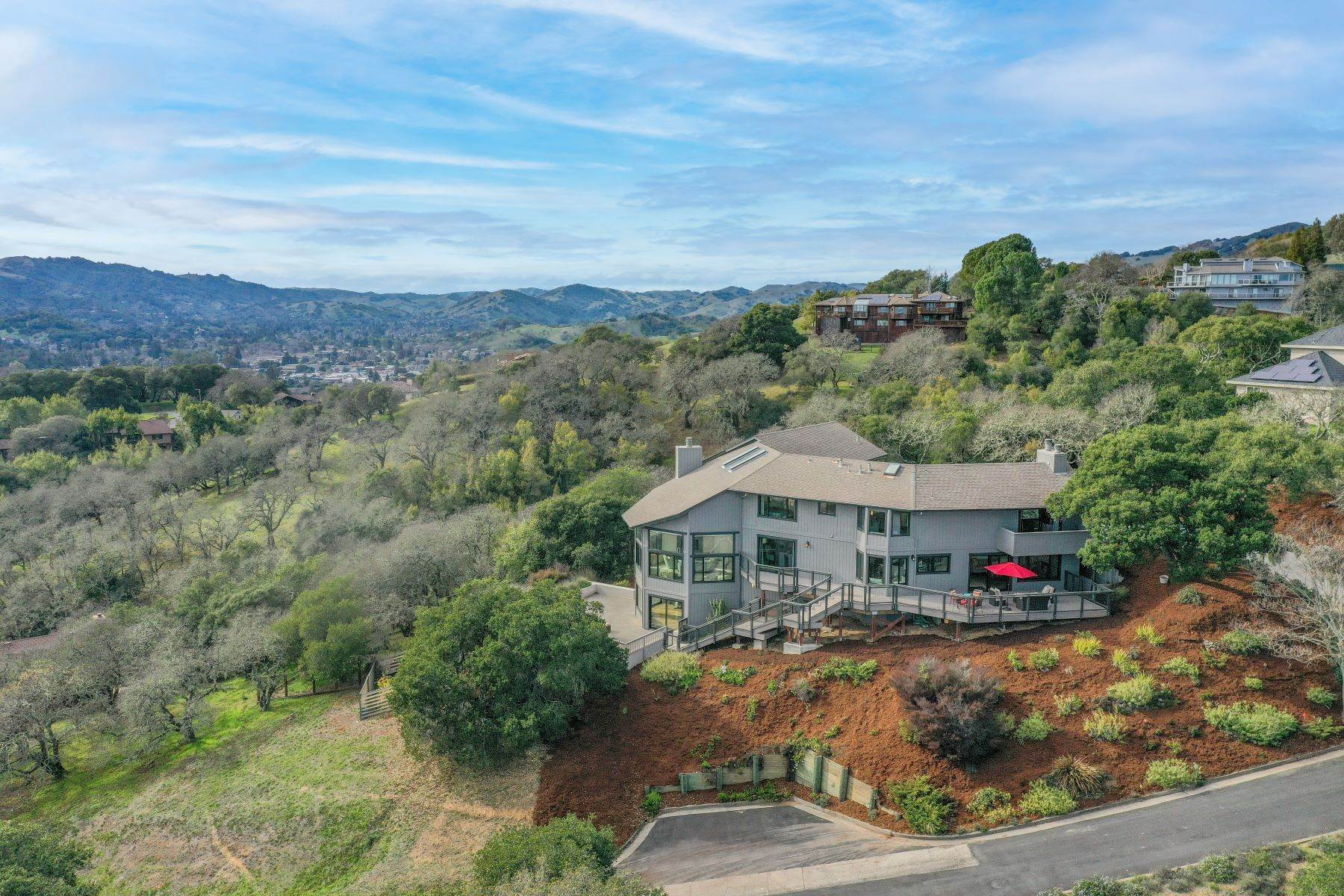 Single Family Homes at Stunning Private Estate of 5,348 Square Feet on 2.3 Sun-Soaked Acres 5 Westridge Lane Novato, California 94945 United States