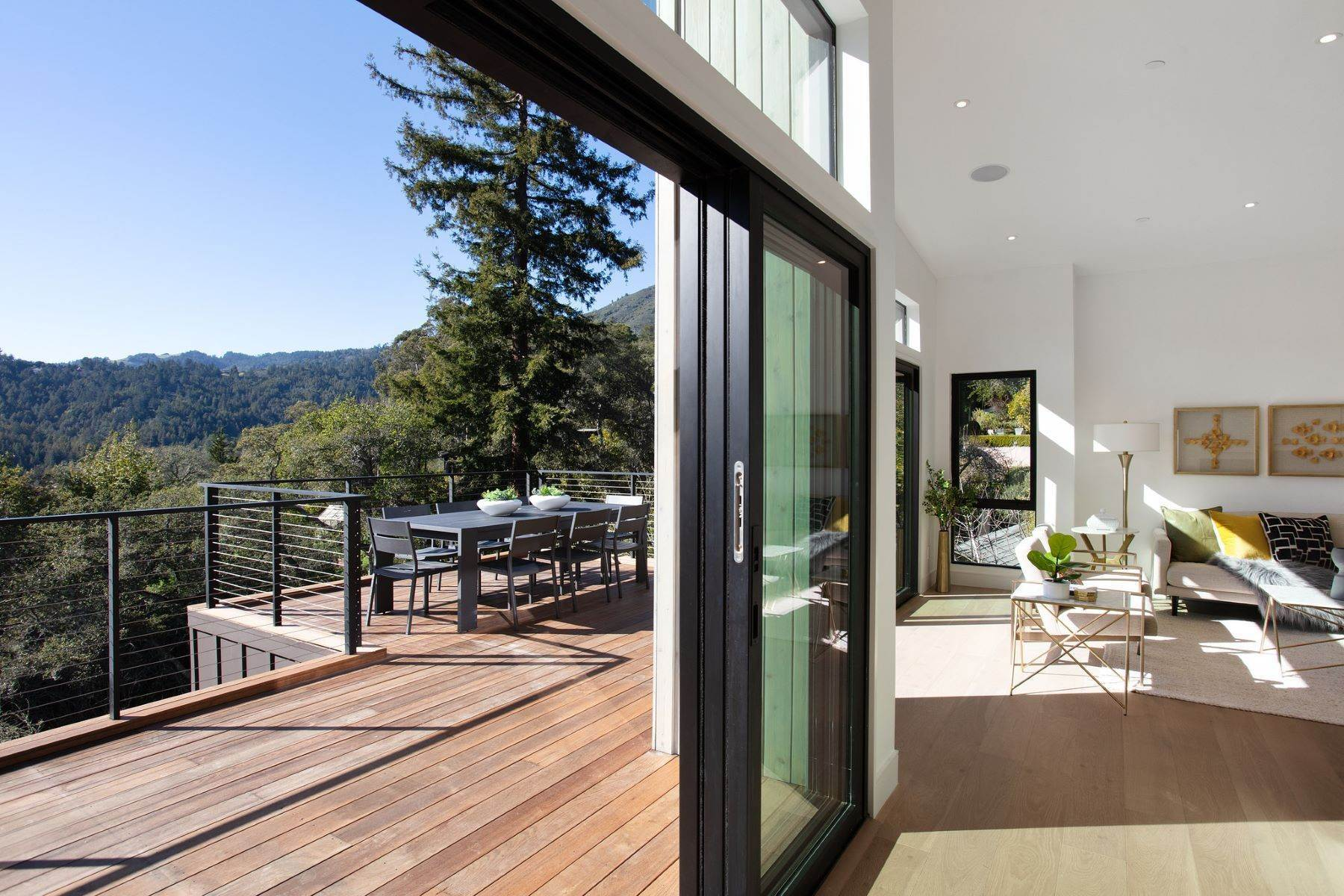 19. Single Family Homes for Sale at Modern New Construction in Mill Valley 315 Tamalpais Avenue Mill Valley, California 94941 United States