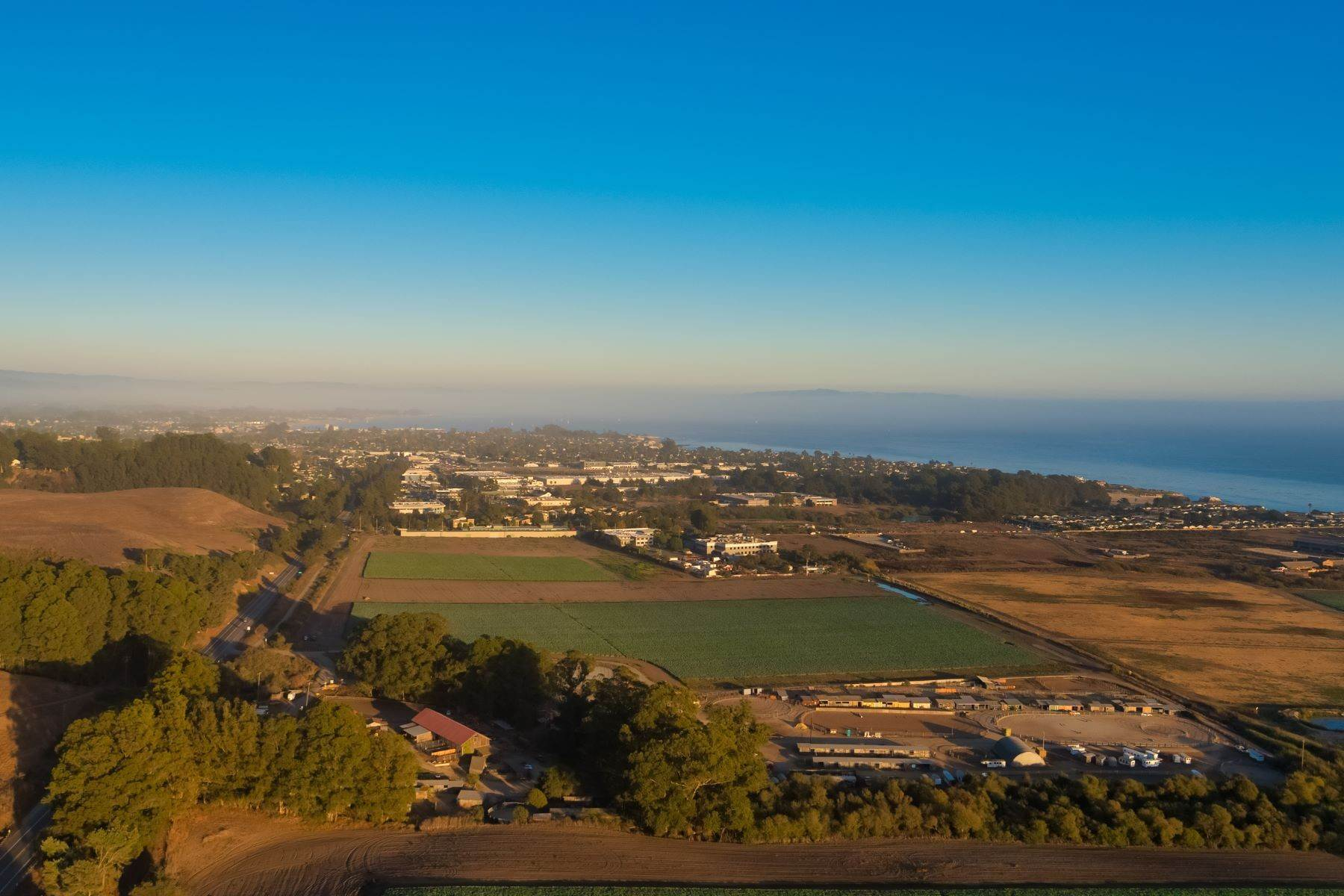 20. Land for Sale at Ocean Cliff Ranch, Santa Cruz 451 Coast Road Santa Cruz, California 95060 United States