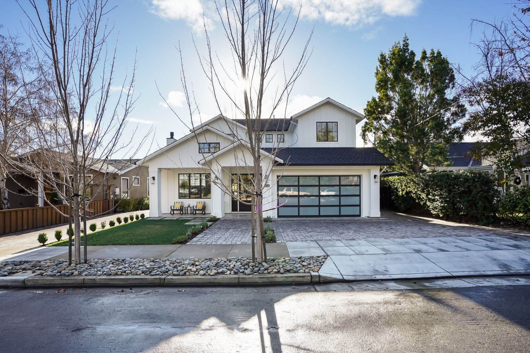 3. Single Family Homes for Sale at Modern Farmhouse in Coveted Mount Carmel 538 Quartz Street Redwood City, California 94062 United States