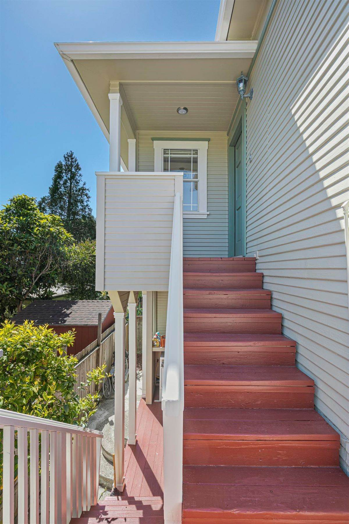 19. Property for Sale at Distinguished Triplex in an Ideal Berkeley Location 2240 Ward Street Berkeley, California 94705 United States