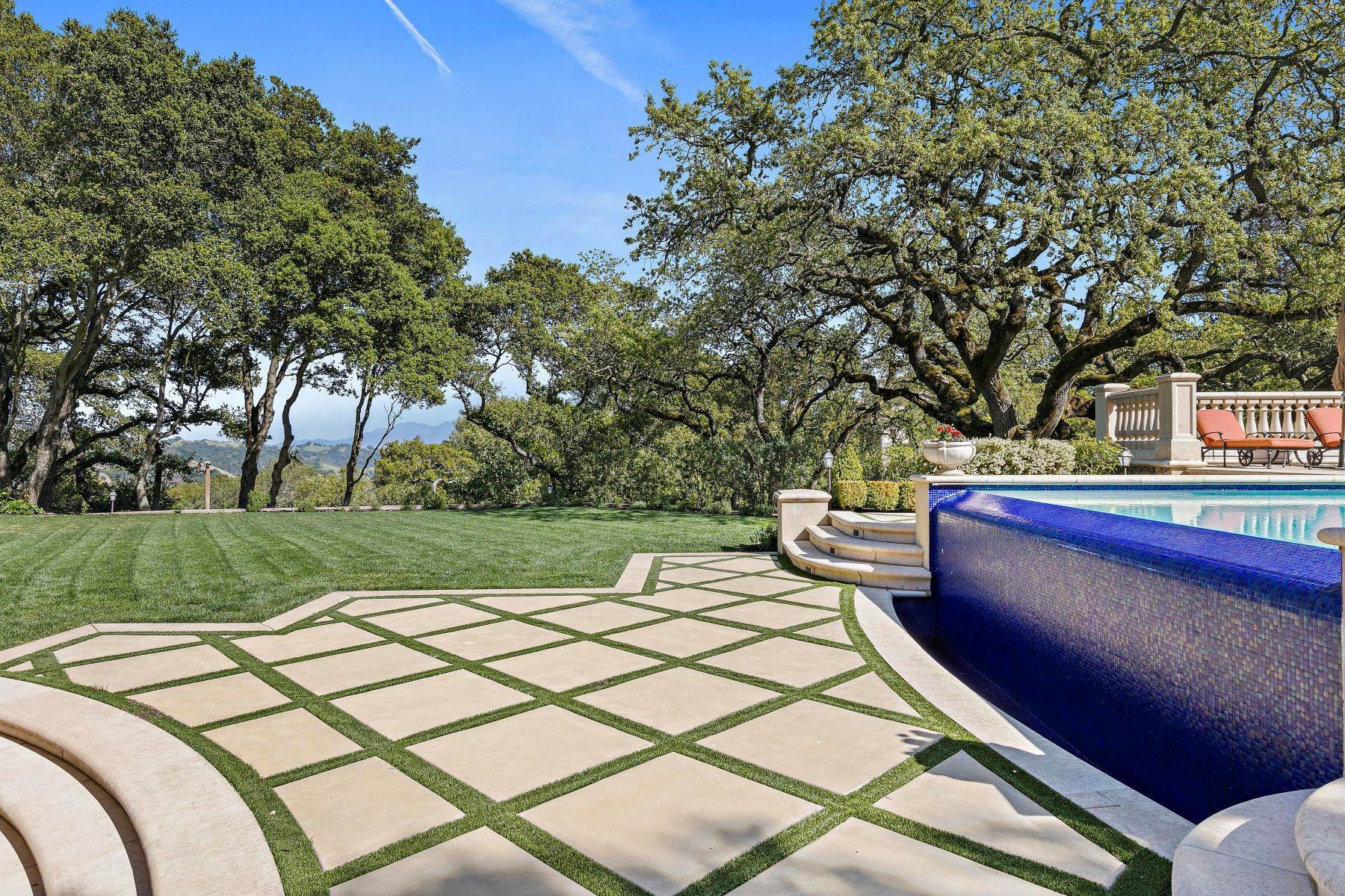 32. Single Family Homes for Sale at Custom Built Mediterranean with Views 4200 Canyon Road Lafayette, California 94549 United States