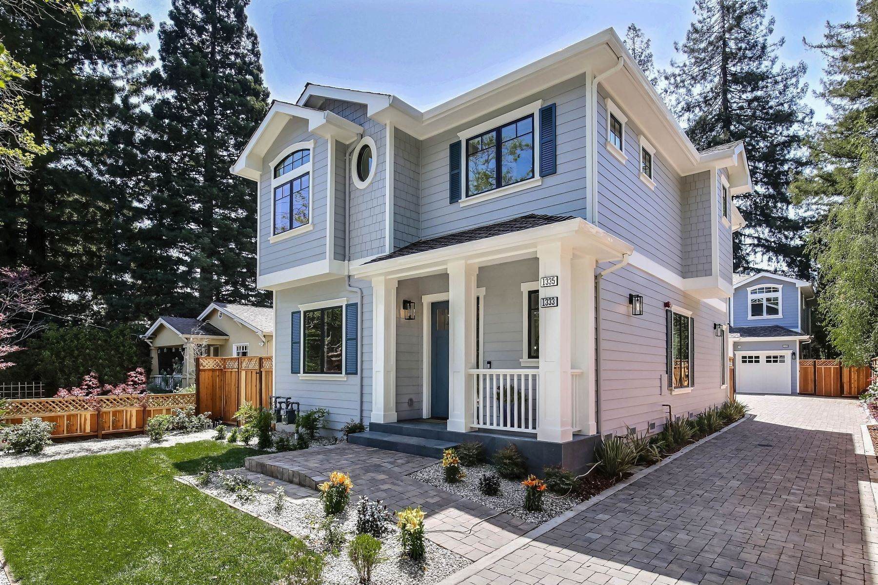 Single Family Homes for Sale at Living in the Heart of Menlo Park 1333 Laurel Street Menlo Park, California 94025 United States