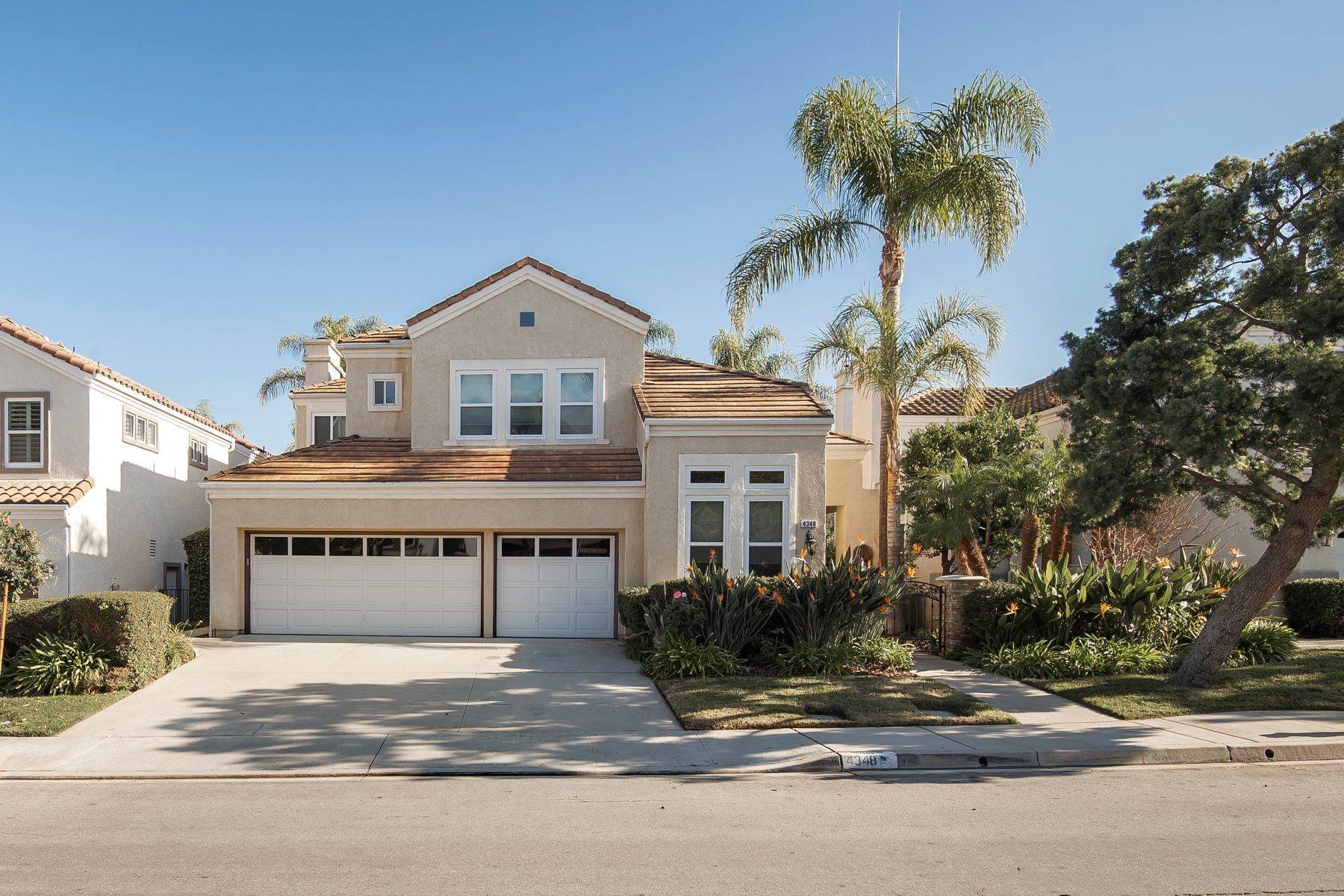 Single Family Homes للـ Sale في 4348Timberdale.com 4348 Timberdale Road Moorpark, California 93021 United States
