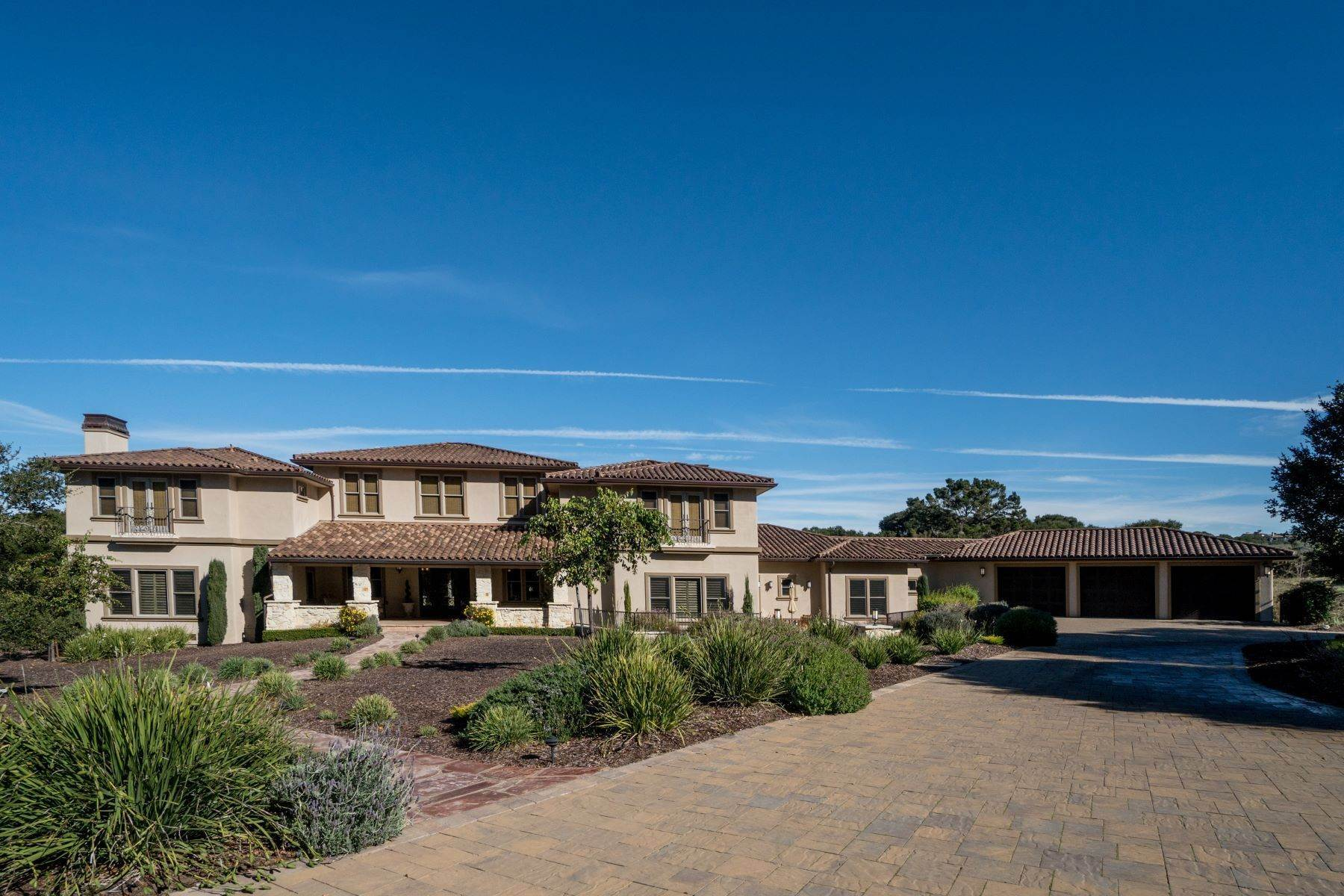Single Family Homes للـ Sale في Extraordinary Monterra Estate Home 8120 Manjares Monterey, California 93940 United States